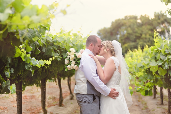 Josh & Lauren | Scribner Bend Vineyards | Sacramento, CA | Wedding Photography